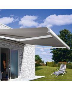 store banne à alimentation solaire avec un coffre blanc et une toile acrylique de chez dickson banne sur mesure moteur somfy